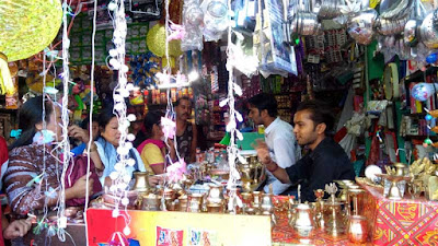 Dhanteras shoping in Mungpoo