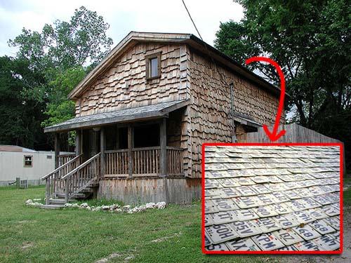 Rumah Berikut Ini Terbuat Dari Barang Bekas