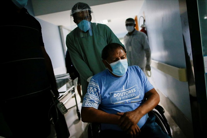 Brasil superó por primera vez los 3.000 muertos diarios por coronavirus