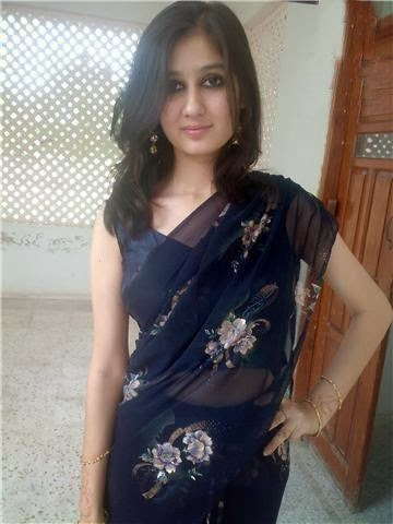 Pakistani university girl nude