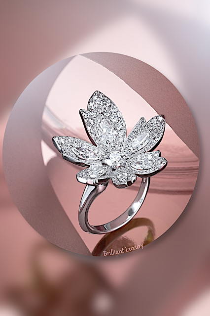David Morris beautiful floral diamond ring from the Palm Collection #brilliantluxury