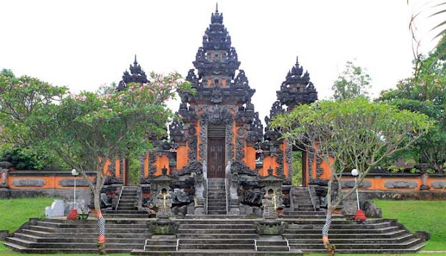 Tak Melulu Pantai, 6 Wisata Sejarah di Bali Ini Juga Patut Dikunjungi