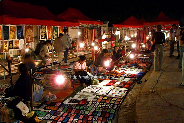 Night Bazaar Luang Prabang