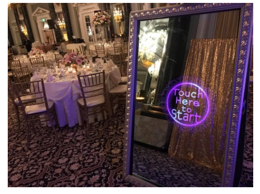 Adding A Mirror Photo Booth To Your Thanksgiving Celebration