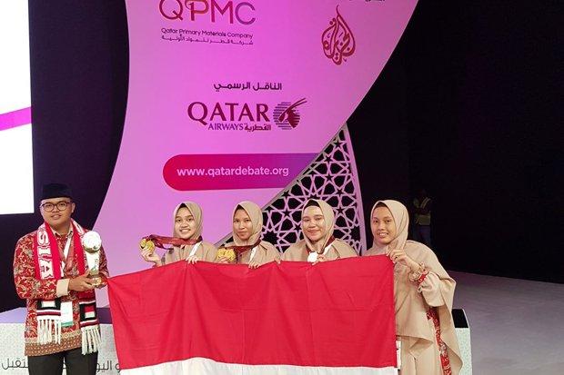 4 Santri Indonesia Juara Debating Championship 2018 di Qatar