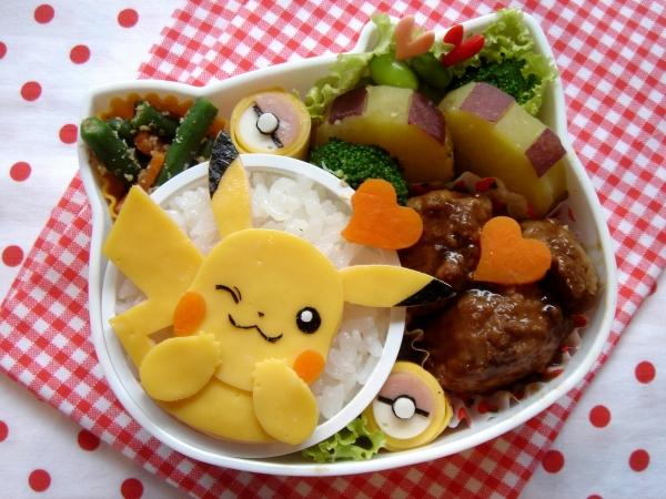 bento box con pikachu