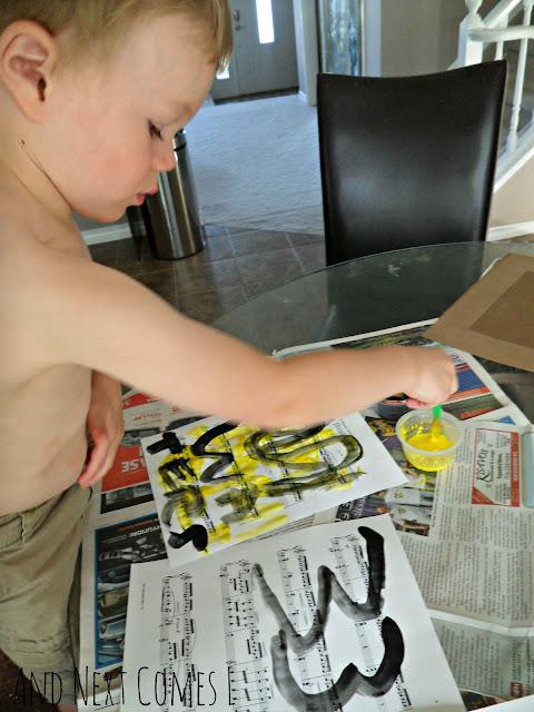 Preschool painting to music activity & bumblebee craft