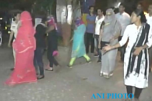 mumbai-sex-racket-busted-three-women-rescued-2-arrested-news