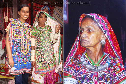 Gujarati women in authentic Gujarati outfit & jewelry at Crafts Museum Delhi