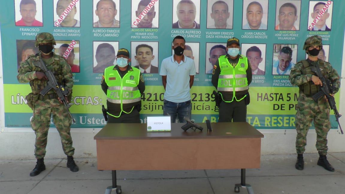 https://www.notasrosas.com/Aprehendido en Mingueo, presunto integrante de 'Los Pachencas'