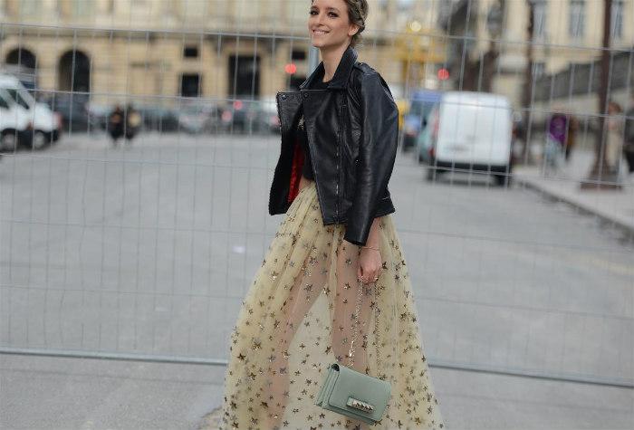 http://www.encasadeoly.com/2018/03/un-look-con-glamour.html