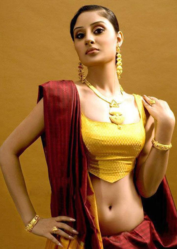 Hot Sexy Unseen Stills Varudu Bhanu Sri Mehra Hot Sexy