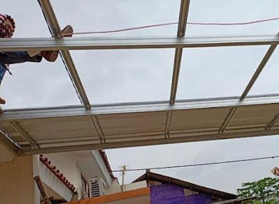pasang atap canopi