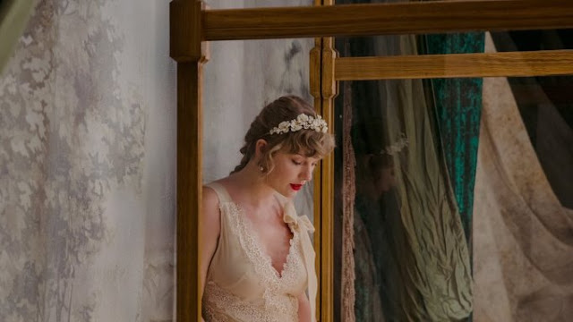 Checkout Evermore Album Songs & Lyrics by Taylor Swift written & recorded.