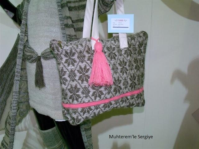 Knitwear bag
