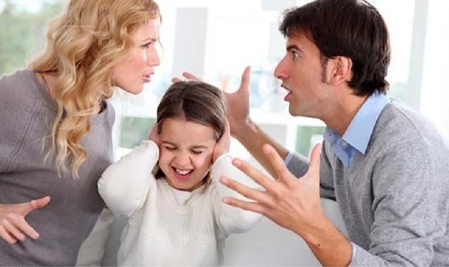 Seumur Hidup Rasanya Terlalu Lama!!Hanya Itu Alasan Mama Saat Bercerai dengan Papa, Tapi Ketika Papa Tiri Datang, Aku pun Paham…
