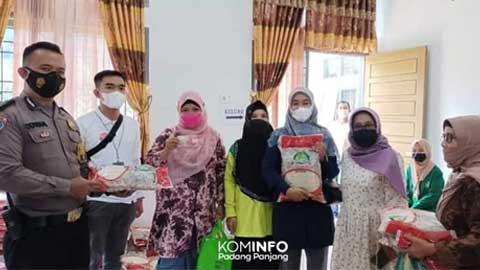 KPM di Tiga Kelurahan Padang Panjang Barat Terima BST