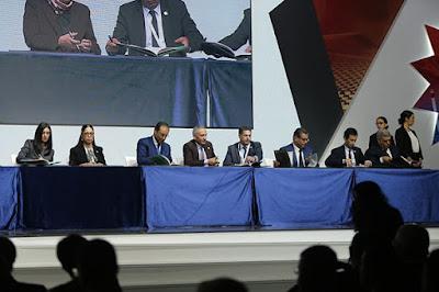 'المناظرة الوطنية الأولى للجهوية المتقدمة' : توقيع الإطار التوجيهي لتفعيل اختصاصات الجهات