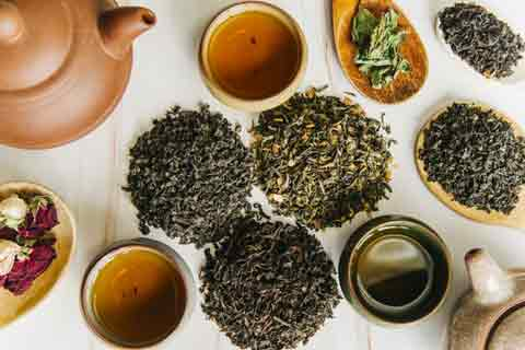 cara menghitamkan rambut secara alami dengan teh hitam