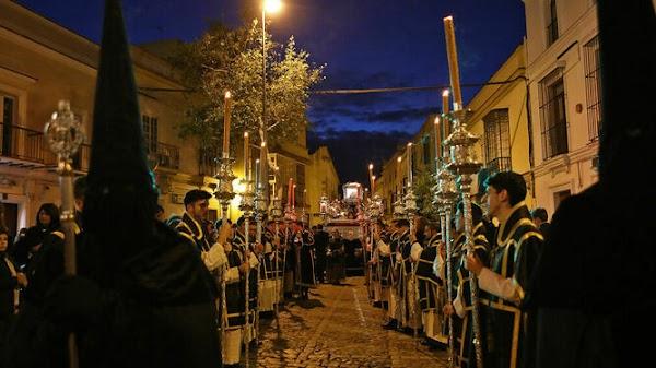 El Santo Entierro de Jerez de la Frontera no hará Estación de Penitencia en la Catedral en el 2020