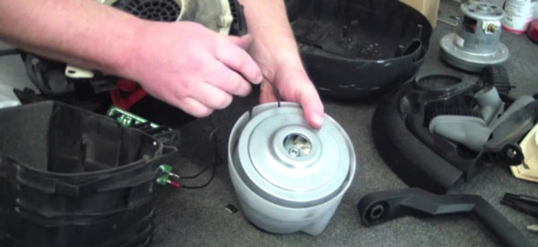 sửa chữa máy hút bụi công nghiệp