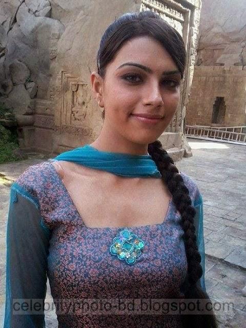 Indian Girls Tight Boobs