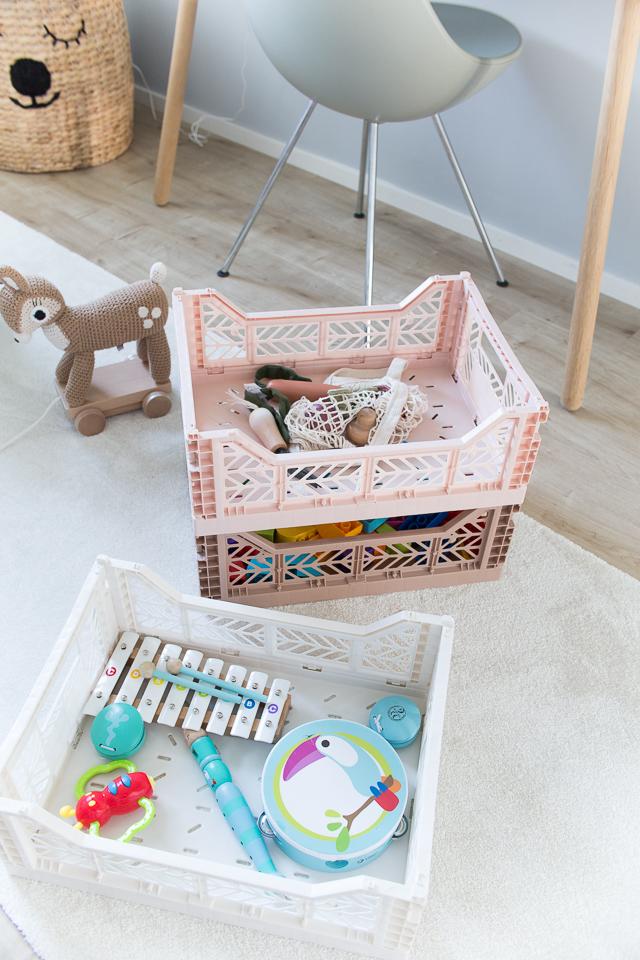 Villa H, lastenhuoneen sisustus, Aykasa laatikko, lelut, Sebra Interior