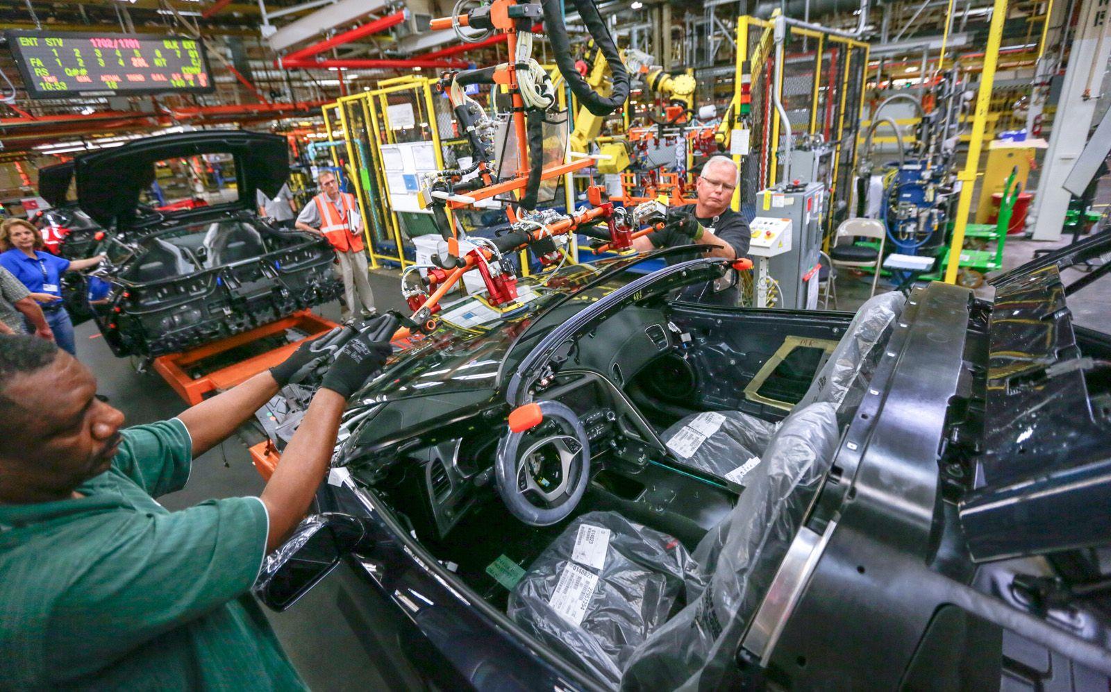 General Motors Corvette Assembly Plant Tours