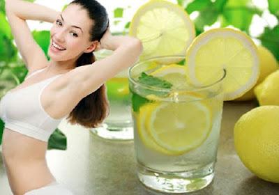 sử dụng nước chanh để giảm mỡ bụng