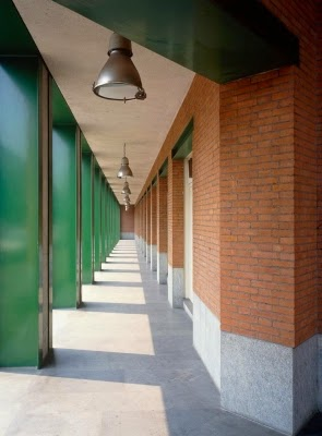 Casa Aurora en Turín | Aldo Rossi | Office headquarters for GFT