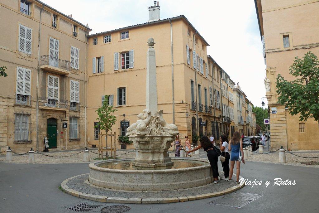 Plaza de los cuatro delfines, Alles de Aix en Provence