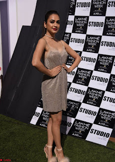 Kriti Kharbanda at Lakme Fashion Week Spicy Pics February 2017