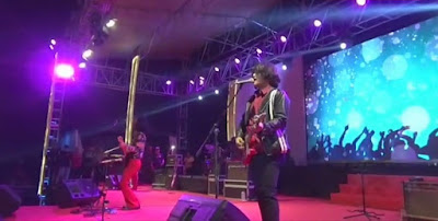 Masyarakat Antusias Dendangkan Lagu-lagu Koes Plus Bersama Band T-Koes di Pekan Raya Lampung 2019