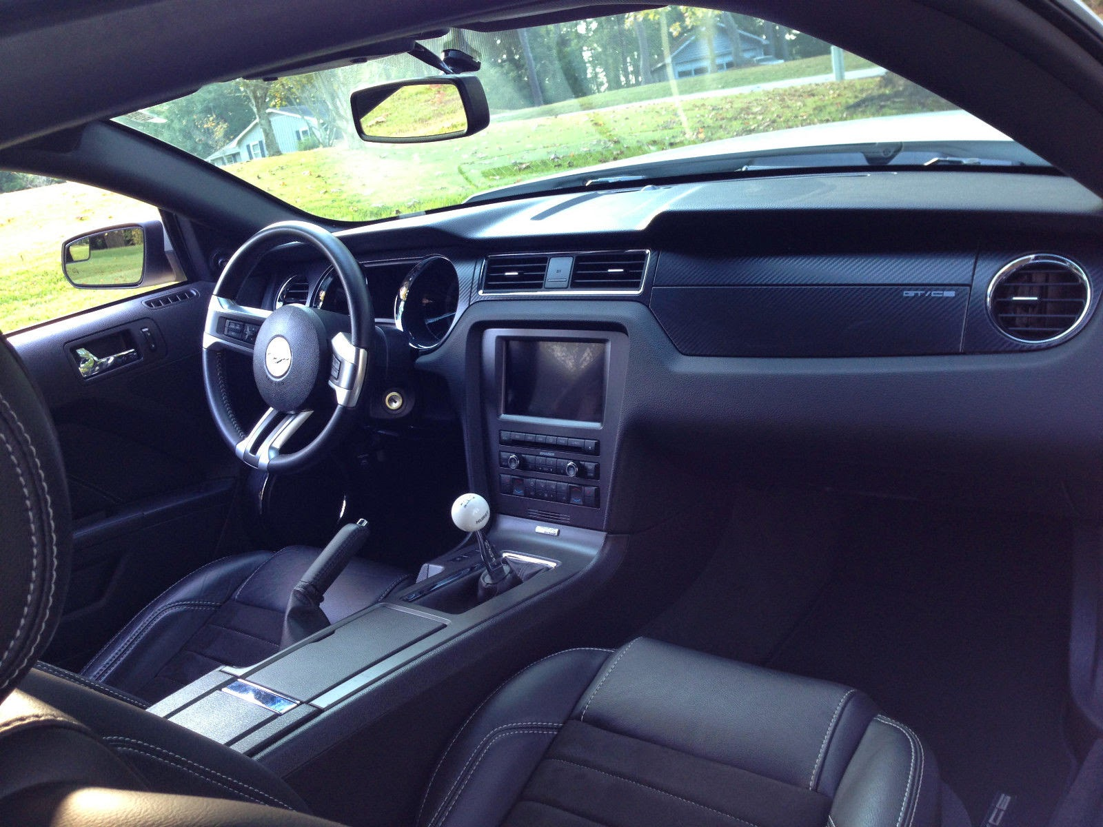 interior pictures of 2014 mustang california autos post. Black Bedroom Furniture Sets. Home Design Ideas
