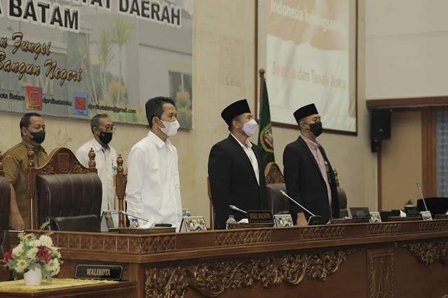 Wakili Walikota Batam, Amsakar Paparkan Tanggapan Atas Pandum Fraksi