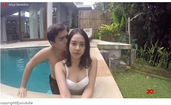 Video Foto Foto Anya Geraldine Hot Ciuman Pelukan dengan Pacar