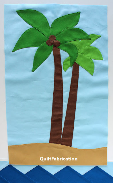 green palm tree on sand quilt block