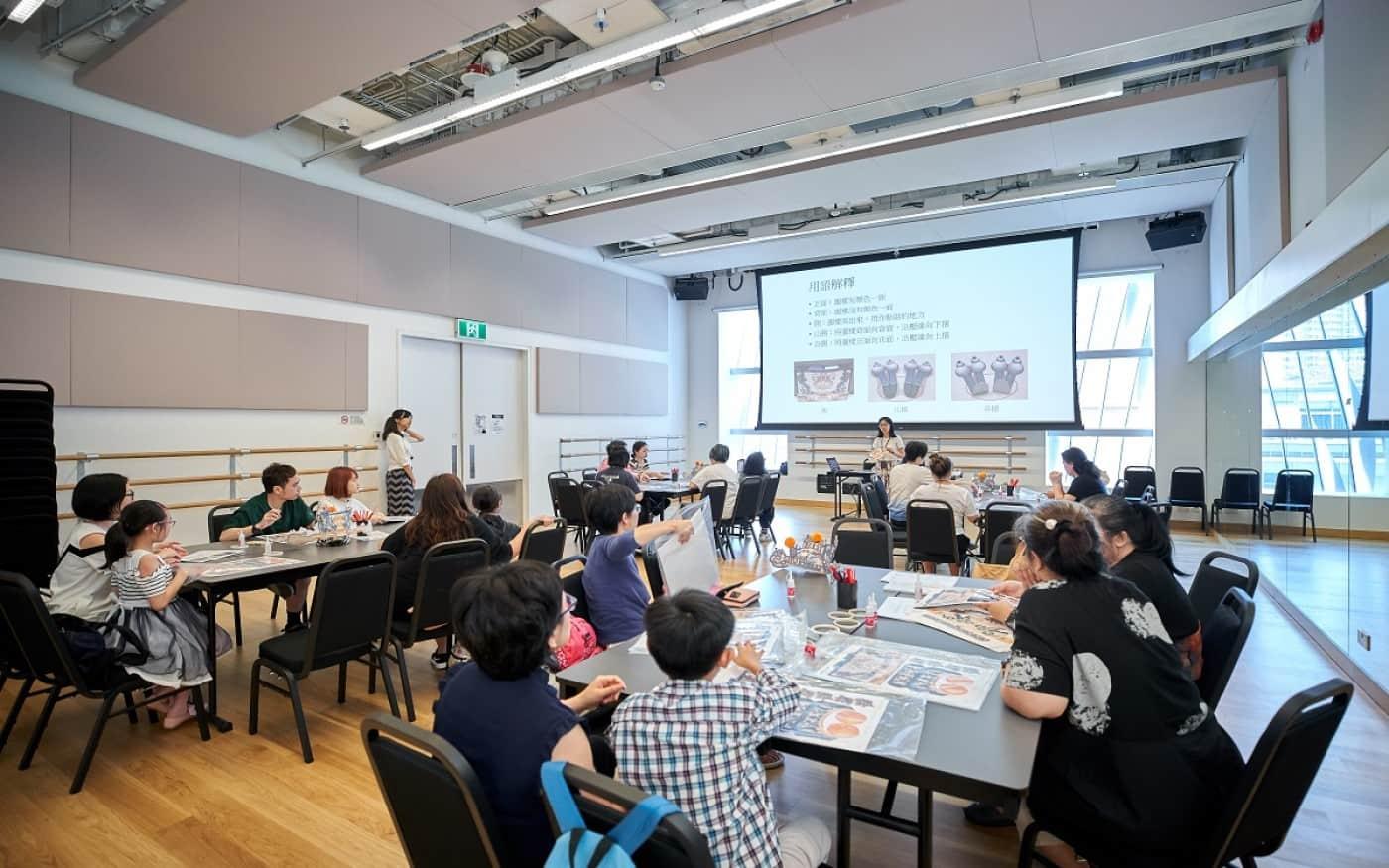 Perbedaan workshop Dengan Seminar