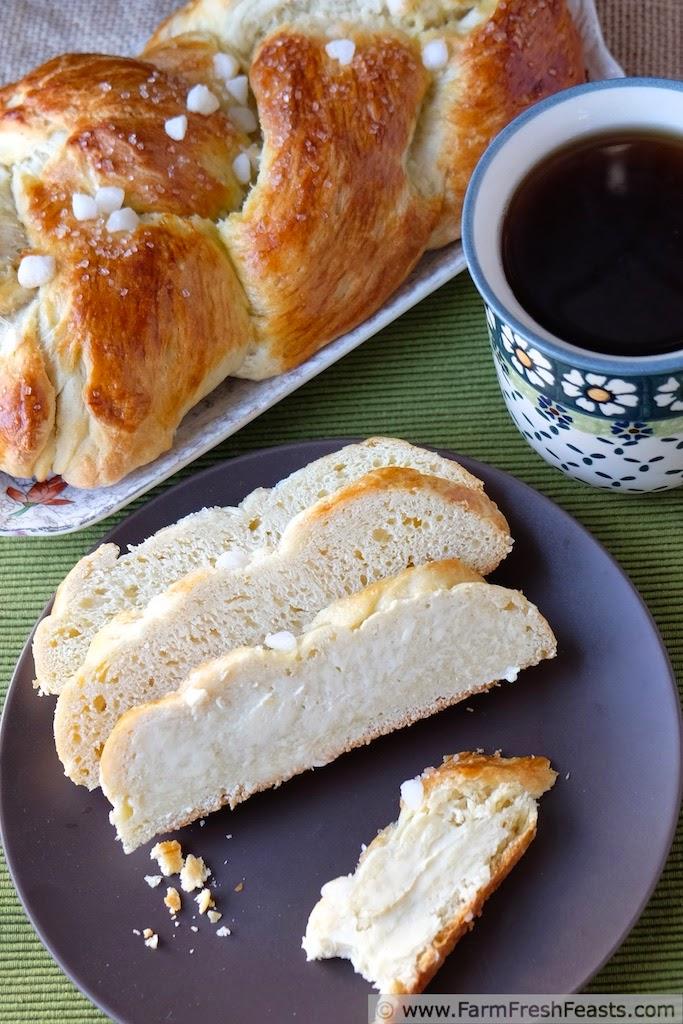 http://www.farmfreshfeasts.com/2014/12/finnish-pulla-cardamom-coffee-braid.html