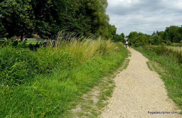 Trilha entre Winchester e o Hospital of Saint Cross