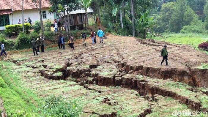 Faktor Resiko Bencana: Ancaman, Kerentanan, Kapasitas