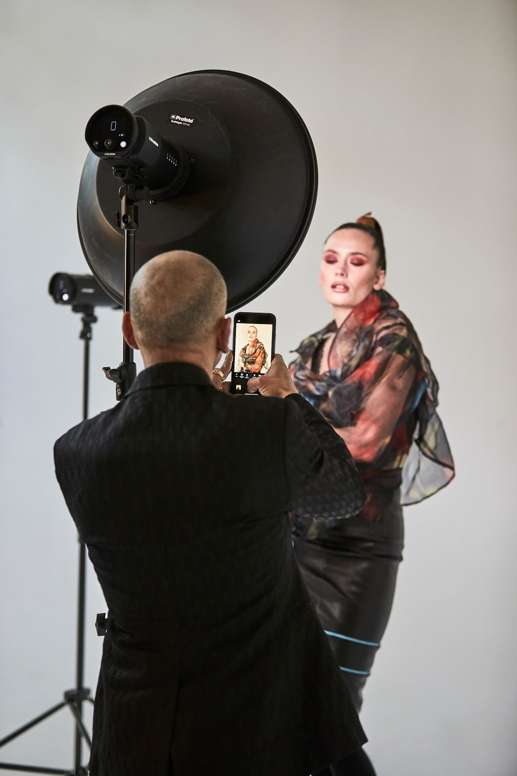 Profoto brings full power of professional flash to iPhone with Andrea Belluso