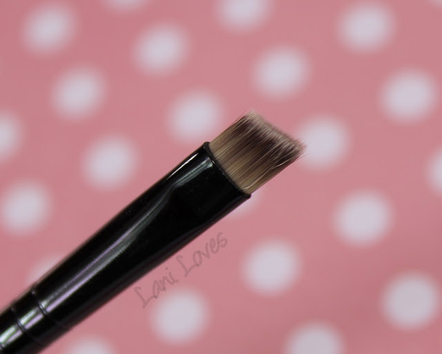 Ruby Eye Liner Slanted Brush review