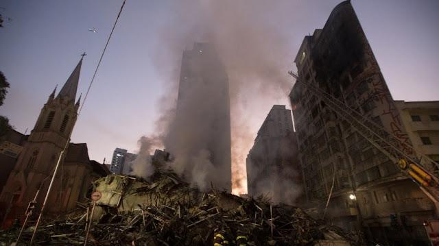 Prédio de 24 andares desaba no centro de São Paulo