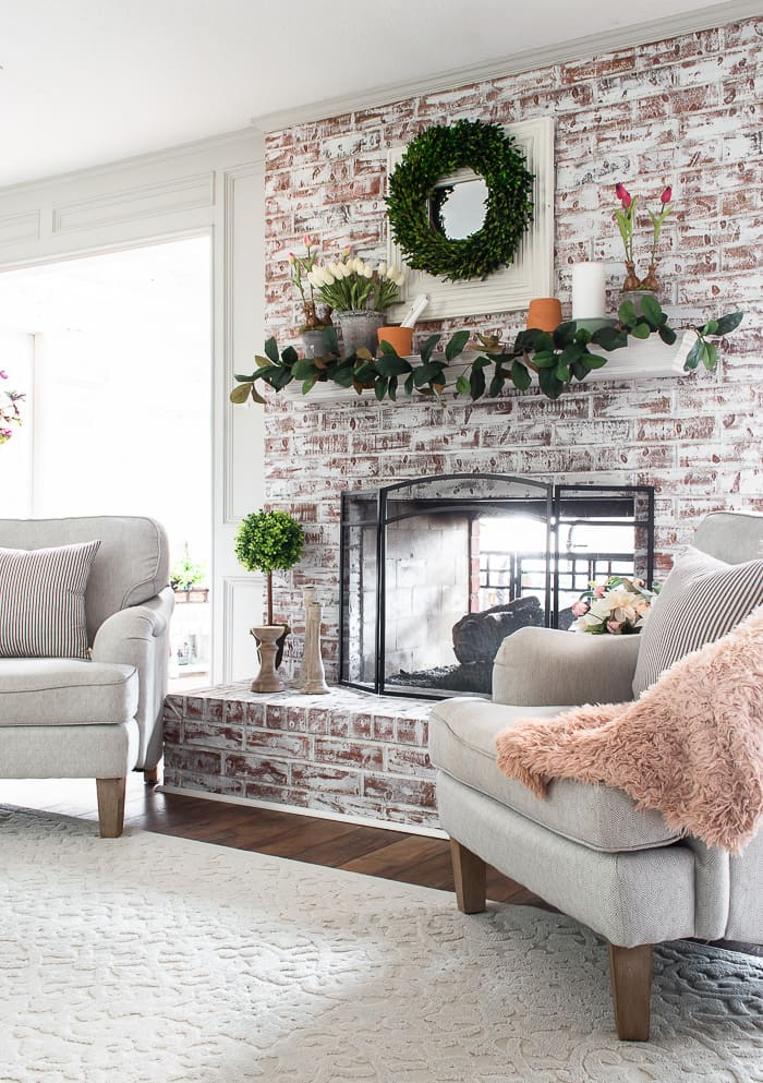 Spring mantel and armchairs