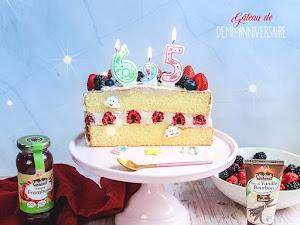 Gâteau de demi-anniversaire vanille framboise