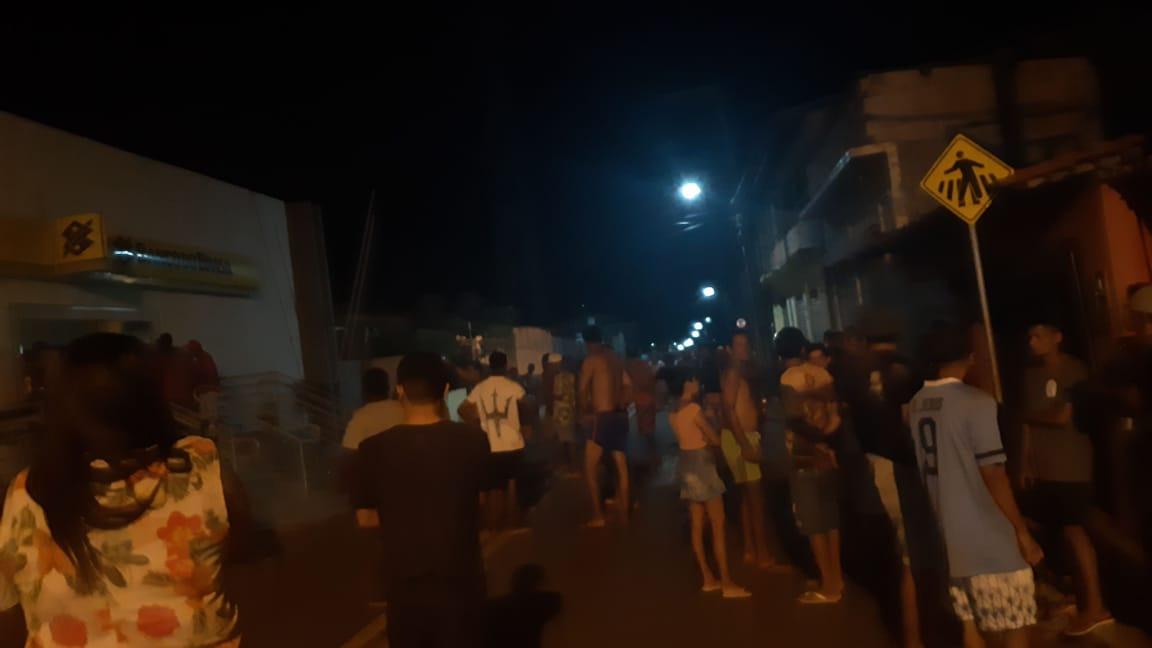 Bandidos explodem de novo agência do Banco do Brasil em São João Batista; vejam fotos e vídeos – Jailson Mendes