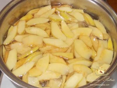 Preparare supa de gutui - etapa 3