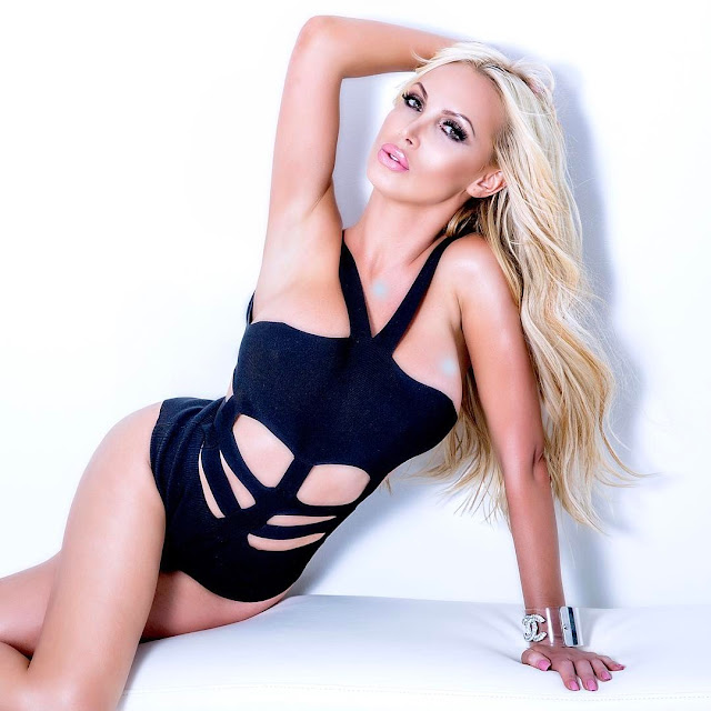 Nikki-Benz-Long-Island!-Two-shows-tonight-at-GOSSIP