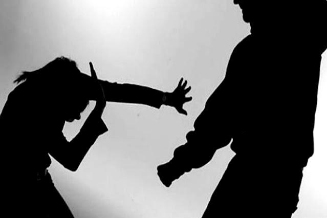 Mulher é agredida com pauladas e socos ao pedir para vizinhos baixarem o som